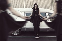 09/05/2013 : CHELSEA WOLFE - A lot of my songs have to do with death because I've never really had to deal with it