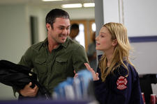30/11/2014 :  - Chicago Fire Season 2
