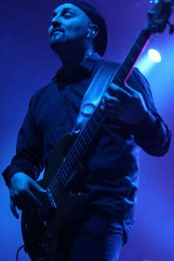 17/04/2020 : COLIN EDWIN (PORCUPINE TREE, O.R.K, METALLIC TASTE OF BLOOD,...) - 'I've always been keen to do everything live, as much as possible!'