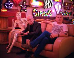 15/09/2020 : ERASURE - 'Music certainly gives us hope' - Erasure talk about their new album 'The Neon'
