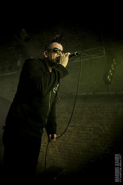 02/01/2014 : FADERHEAD - Swinging both ways: between Robbie Williams and the underground clubland!