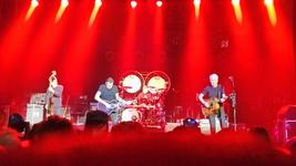11/12/2015 : GOLDEN EARRING - Five Zero (Antwerpen, De Roma, 09/12/2015)