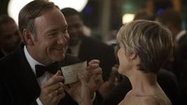 08/08/2014 :  - HOUSE OF CARDS SEASON 1
