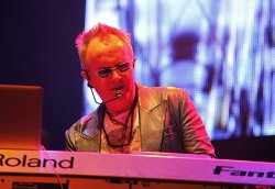 18/01/2012 : HOWARD JONES - Live shows are the future of music because you can't digitize a live performance... yet.