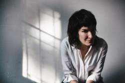 31/08/2017 : JEN CLOHER - Jen Cloher, the Australian version of Patti Smith, about privileges, jealousy and the Australian feminist underground music scene