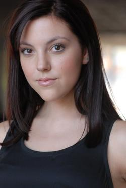 13/08/2014 : LEXI GIOVAGNOLI (ACTRESS) - I look at upcoming films as a way to improve myself as an actor, and so far I have never been disappointed.
