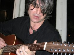 23/06/2011 : CHAMELEONS VOX - MARK BURGESS | We had more in common with The Fall than we ever did with the likes of U2, The Bunnymen, or the Psychedelic Furs.