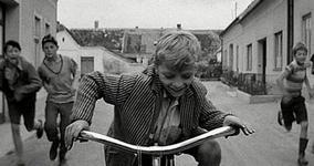 09/12/2013 : MARK COUSINS - A Story Of Children & Film