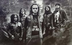 26/03/2015 : MOONSPELL - We just tried to connect the passions we have for metal, gothic rock and experimentalism in the best album we could.