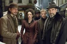 06/04/2015 :  - PENNY DREADFUL SEASON 1
