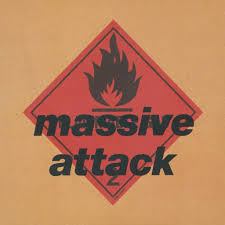 03/10/2015 : MASSIVE ATTACK - Blue Lines