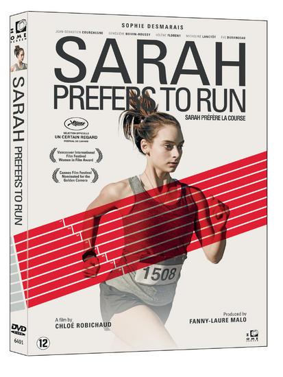 27/01/2015 : CHLOE ROBICHAUD - Sarah Prefers To Run