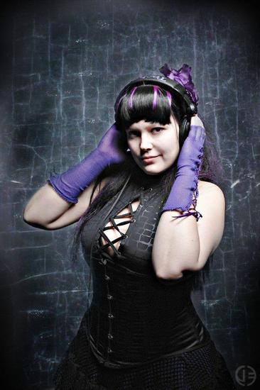 21/02/2014 : DJ LUCY FAER - The DJ-files: DJane Lucy Faer