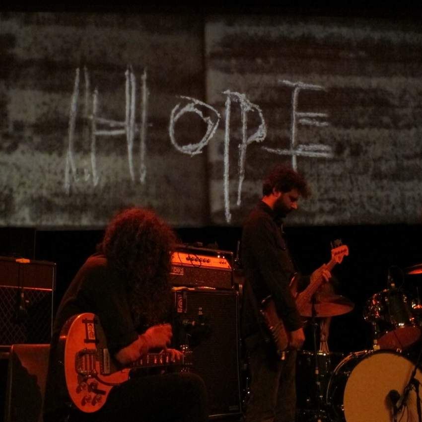 01/11/2015 : GODSPEED YOU! BLACK EMPEROR - Antwerpen, Trix (30/10/2015)