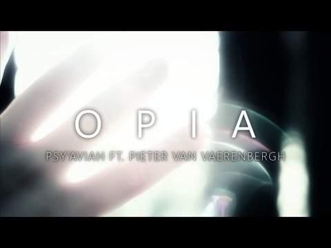 821 Opia