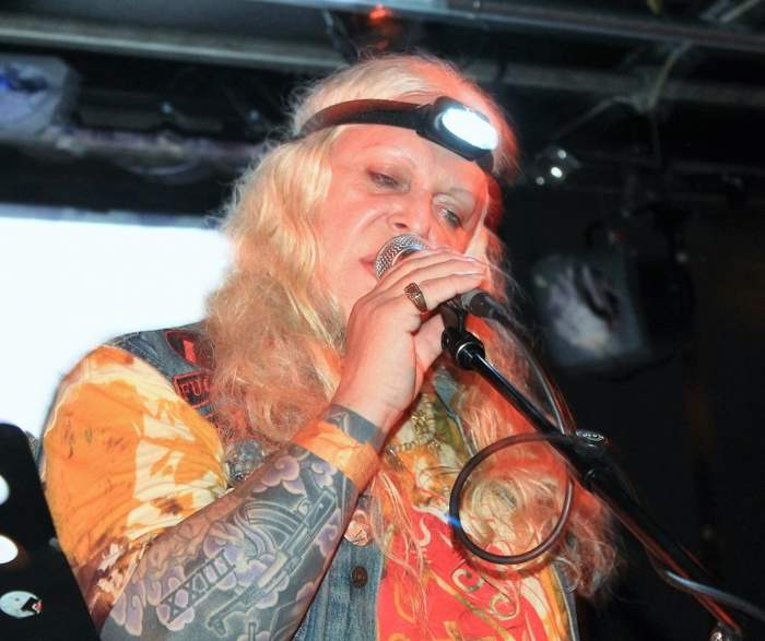 10/12/2016 : PSYCHIC TV - Brussels, Recyclart (21/05/2016)