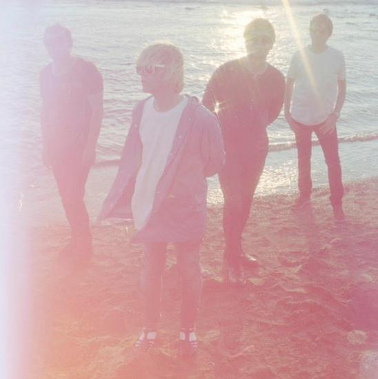 07/10/2014 : THE CHARLATANS - Talking In Tones