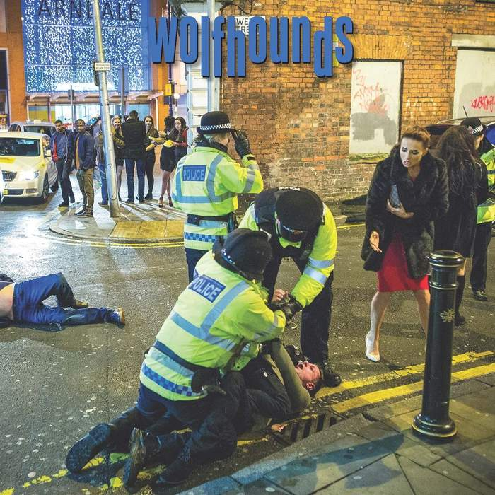 10/05/2017 : WOLFHOUNDS - Untied Kingdom
